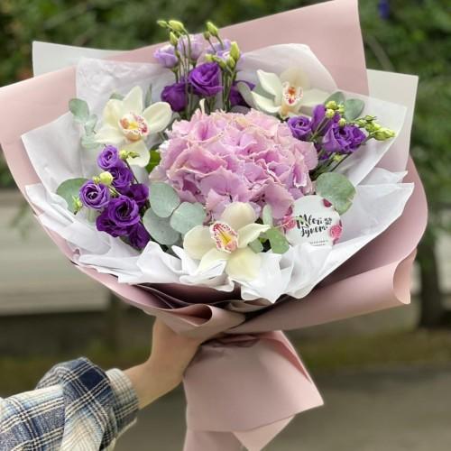 Купить на заказ Букет гортензия с орхидеей  с доставкой в Шемонаихе