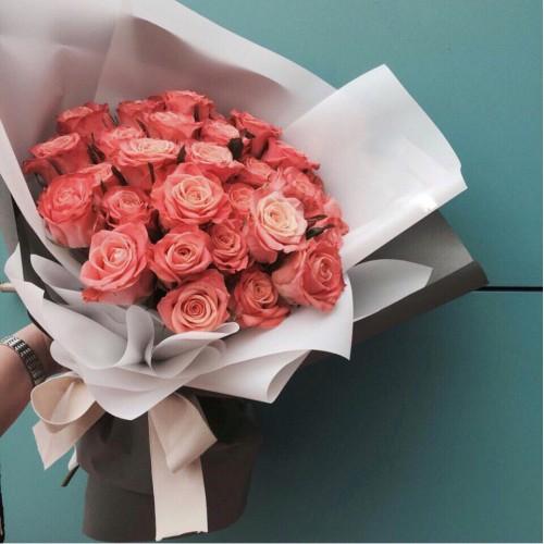 Купить на заказ Букет из 31 розовой розы с доставкой в Шемонаихе