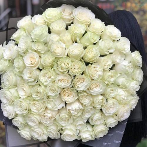 Купить на заказ Букет из 75 белых роз с доставкой в Шемонаихе