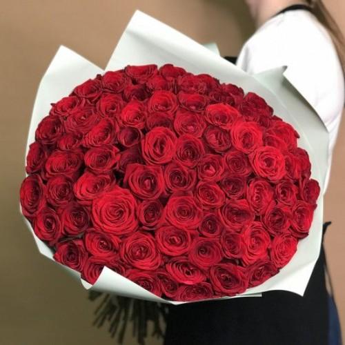 Купить на заказ Букет из 75 красных роз с доставкой в Шемонаихе