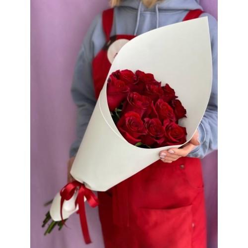 Купить на заказ 15 красных роз с доставкой в Шемонаихе