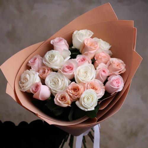 Купить на заказ Букет из 21 розы (микс) с доставкой в Шемонаихе