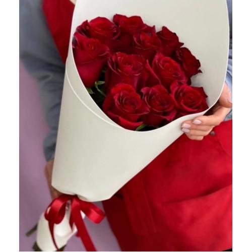 Купить на заказ Букет из 11 красных роз с доставкой в Шемонаихе